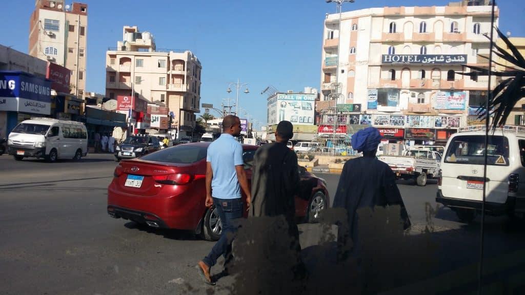 Египет такой какой он есть, улицы и магазины в Хургаде-2
